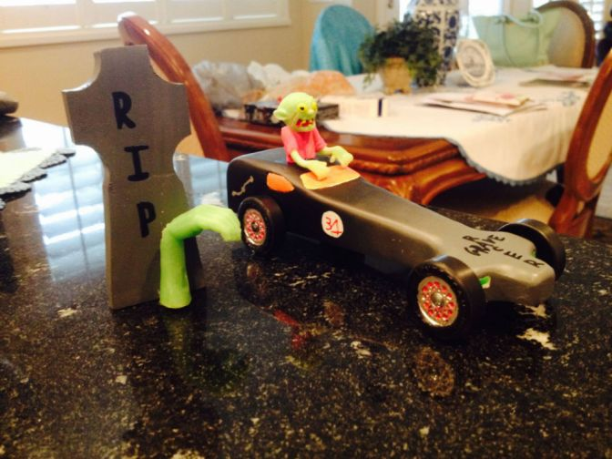 Grave Racer Hearse Pinewood Derby Car